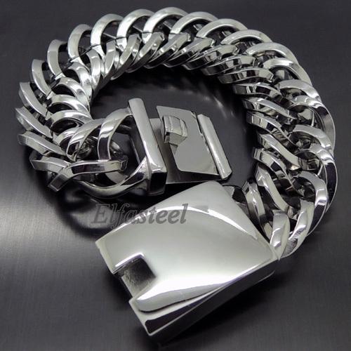 Сталь - металл отображающий нашу реальность, реальность в которой необходимо быть стильным, ярким, неповторимым